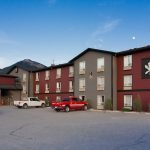 Invermere Hotel: Experience the Great Canadian Inndoors