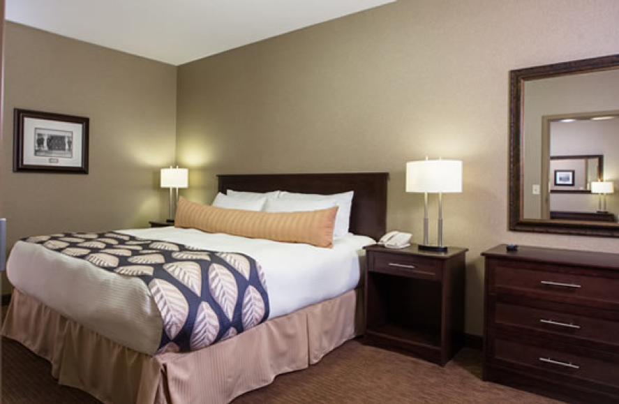 kanata hotels in fort sask business suite