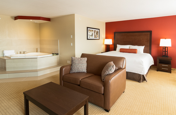 kanata hotels in invermere jacuzzi