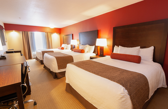 kanata hotels in invermere triple queen