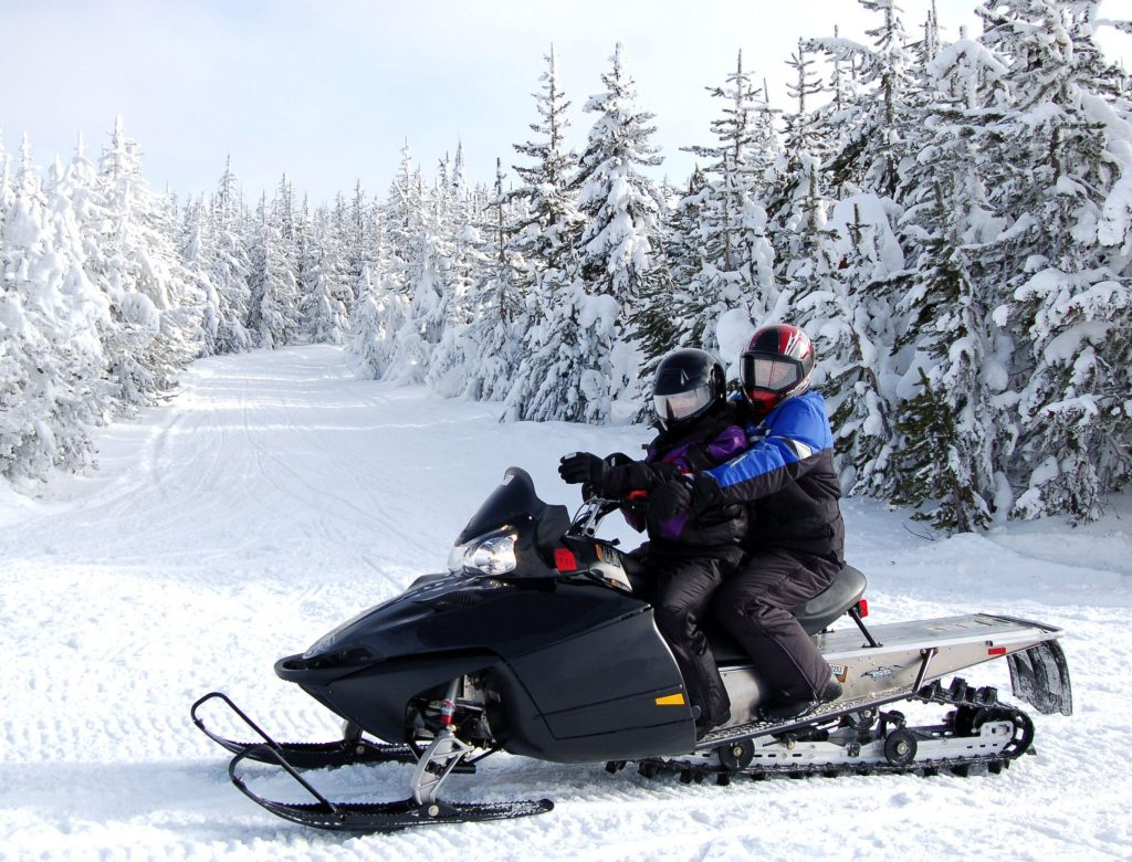 snowmobiling in blairmore