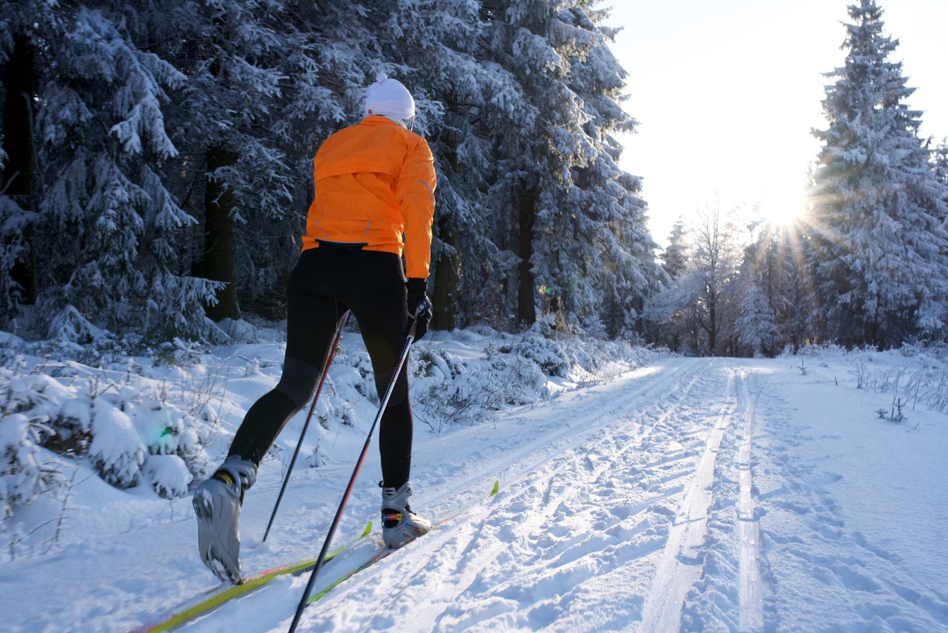 Woman cross-country skiing in Kelowna